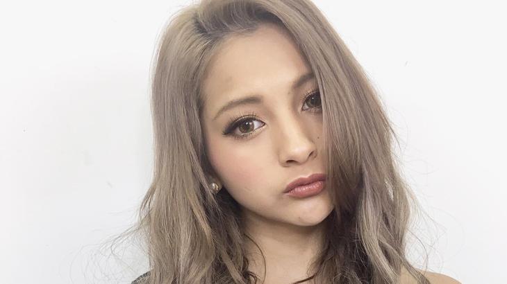 人氣GAL(辣妹)模特兒「ゆきぽよ-Yukipoyo」中長髮的造型絕讚話題中。